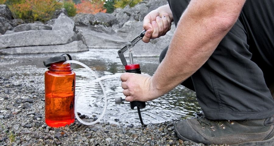 How much water you should carry for camping