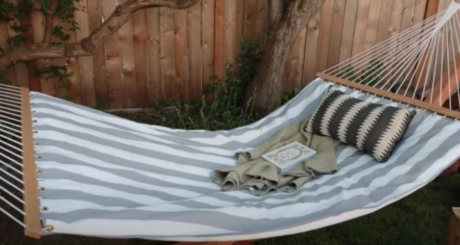 clean a hammock with spreader bars