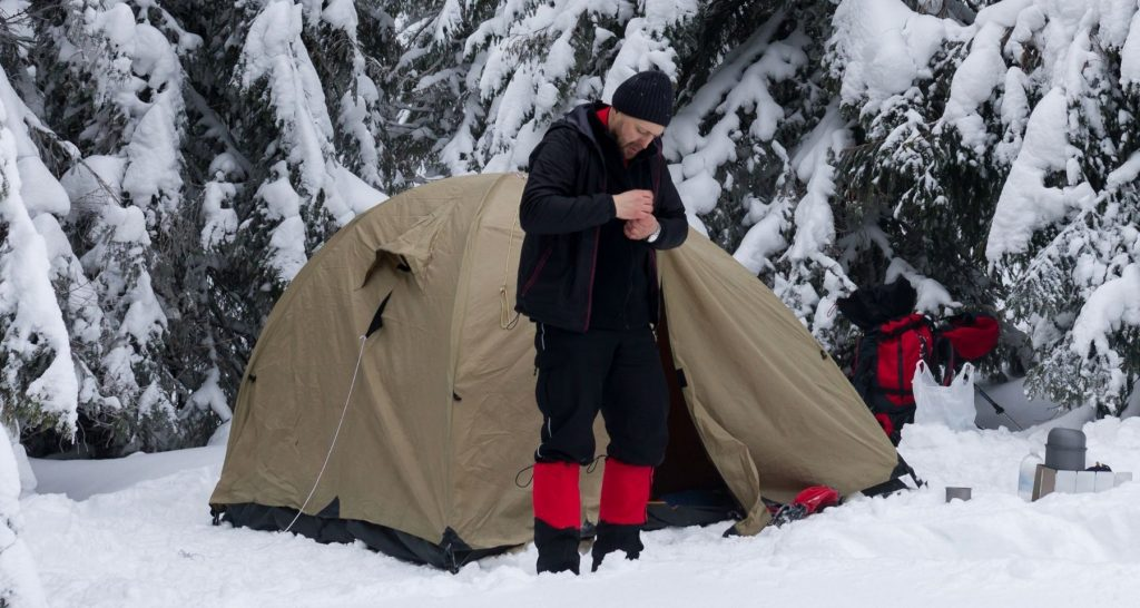 how to dress for winter camping