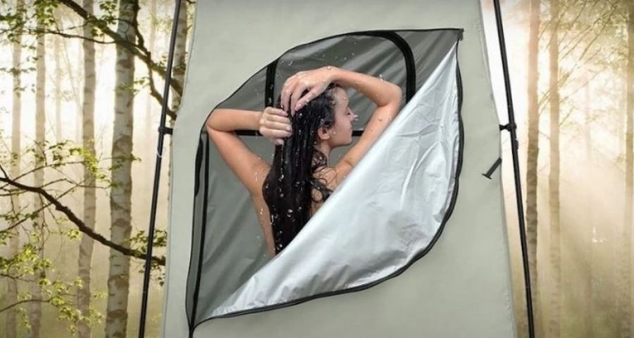How to shower during winter camping